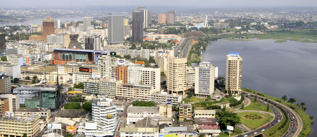 An aerial view from a U.N. helicopter shows Plateau, the business area in Abidjan December 27, 2010.