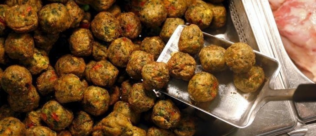 "New ""Veggie balls"" or vegetarian balls are pictured during its official launch at a IKEA store in Brussels April 8, 2015. REUTERS/Francois Lenoir"