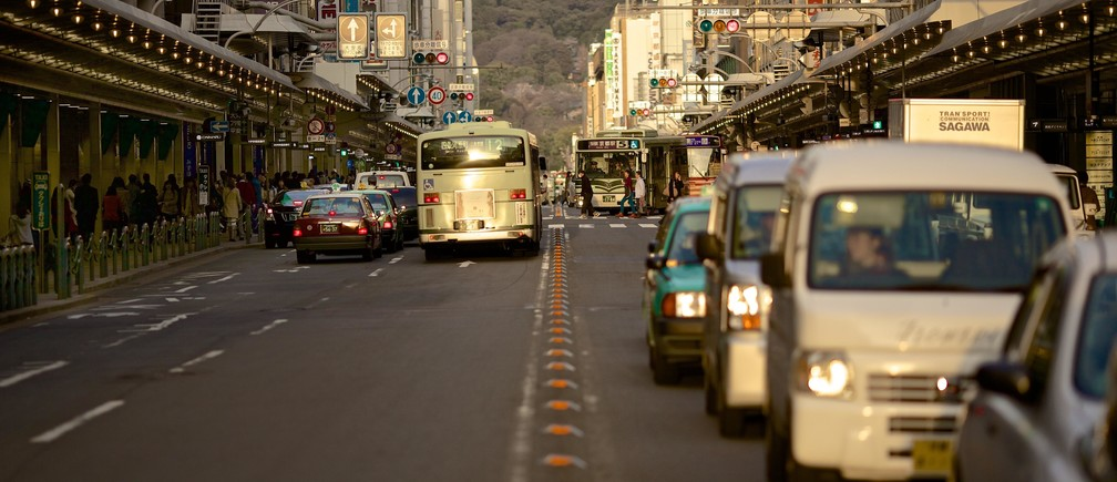 city planner urban hub dense people germ disease virus infection contamination transmission killed epidemic pandemic sars coronavirus china health global future