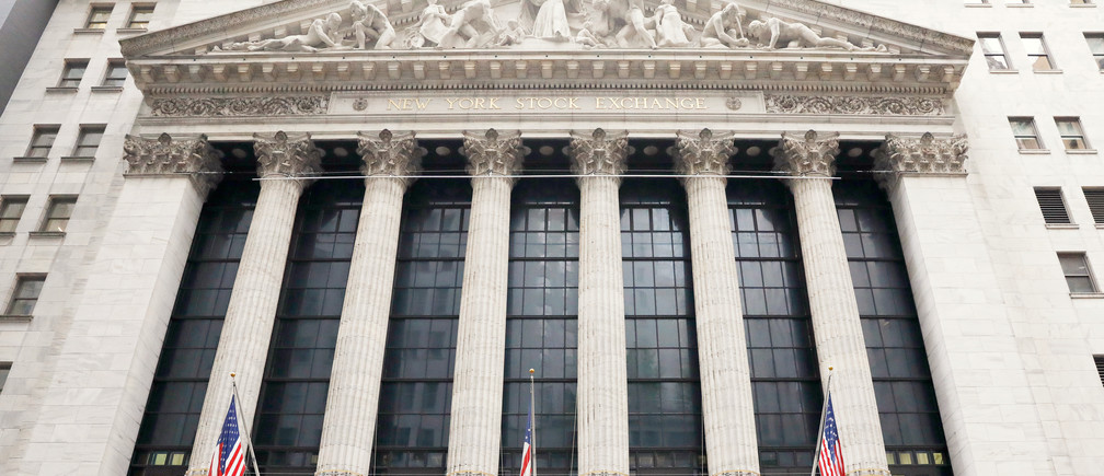The New York Stock Exchange (NYSE) building is pictured in Manhattan in New York, U.S., October 11, 2018. REUTERS/Brendan McDermid - RC1B171B34E0