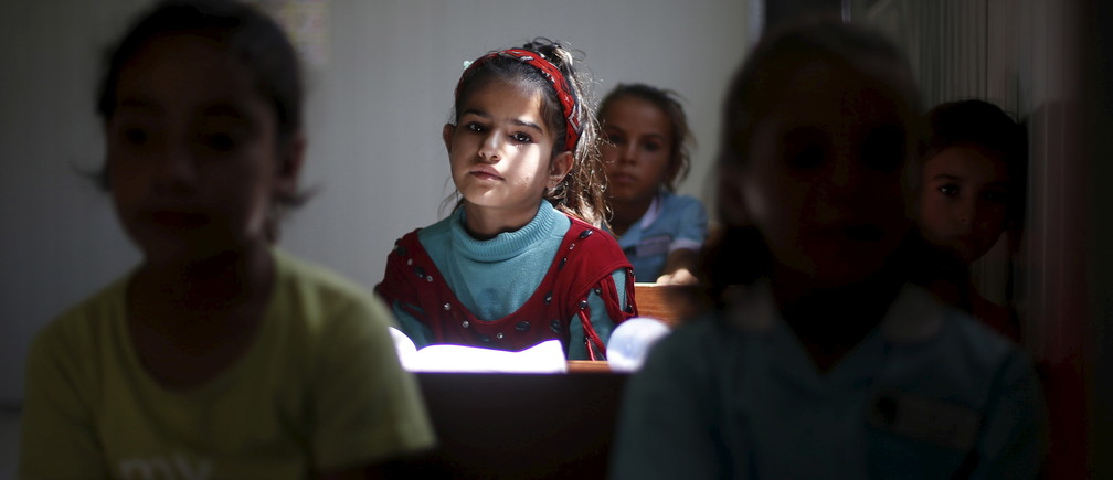 Education skills schoolgirl syrian refugee