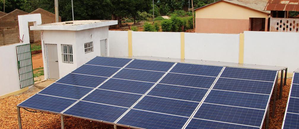 A view shows solar panels, part of the BBOXX and EDF solar energy system used to provide electricity to Sikpe Afidegnon village, Togo May 16, 2019. Picture taken May 16, 2019. REUTERS/Noel Kokou Tadegnon - RC1D3498A8A0