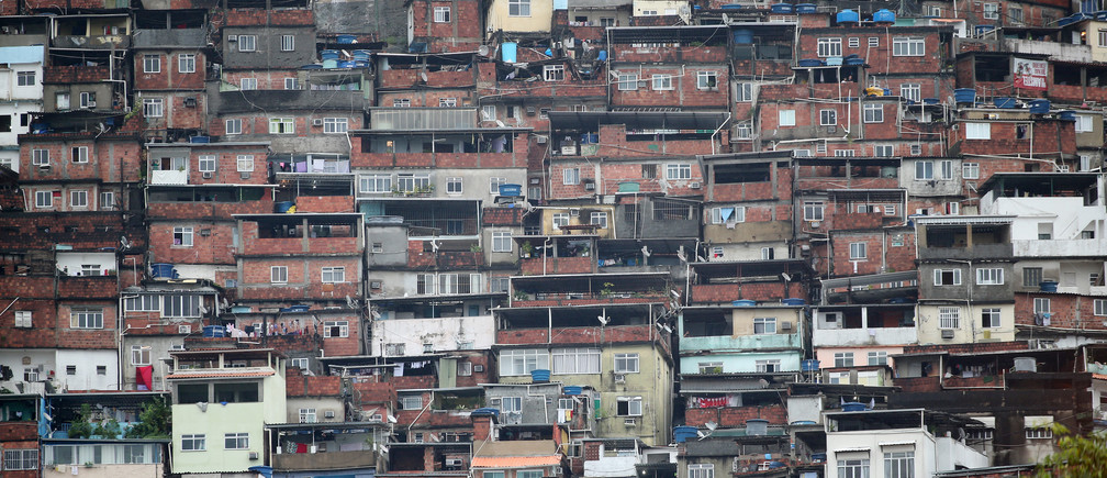 A view of Rocinha slum in Rio de Janeiro, Brazil May 17, 2019. Picture taken May 17, 2019. REUTERS/Sergio Moraes - RC1BBC5B41F0
