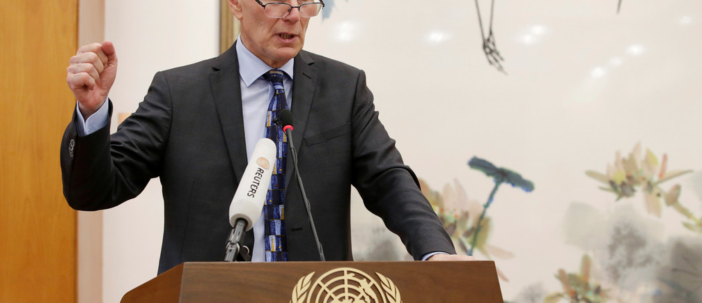 Philip Alston, the U.N.'s special rapporteur on extreme poverty and human rights, attends a news conference in Beijing, China, August 23, 2016. REUTERS/Jason Lee - S1BETXBFZLAB