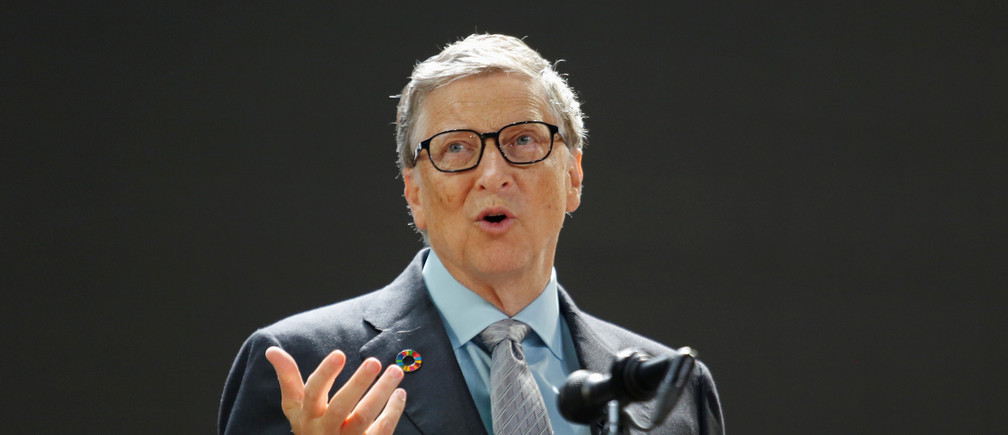 Bill Gates speaks at the Bill and Melinda Gates Foundation Goalkeepers event in Manhattan, New York, U.S., September 20, 2017. REUTERS/Elizabeth Shafiroff - RC12B22D4470