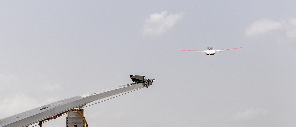 Zipline drone takes off in Ghana, April 22, 2019. Picture taken April 22, 2019. Zipline drones, supported by Gavi and the UPS Foundation, cut the time taken to deliver lifesaving medical supplies from hours to minutes. Gavi/2019/Tony Noel via REUTERS   ATTENTION EDITORS - THIS IMAGE HAS BEEN SUPPLIED BY A THIRD PARTY. MANDATORY CREDIT - RC1320A7FF90