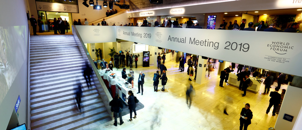 General view of the World Economic Forum (WEF) annual meeting in Davos, Switzerland, January 23, 2019. REUTERS/Arnd Wiegmann - RC1F69A06170