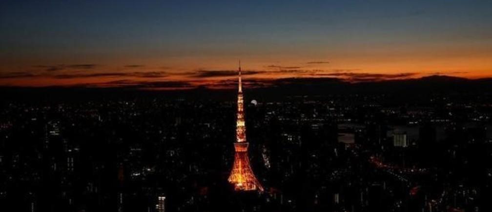 2月20日、国際通貨基金(IMF)によれば、2019年の世界経済は2.9%成長(推定値)にとどまった。写真は東京の日の出。2017年1月撮影