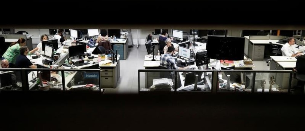 Journalists of Folha de S. Paulo newspaper, work inside the editorial office of the newspaper in Sao Paulo, Brazil October 31, 2018. Picture taken October 31, 2018.