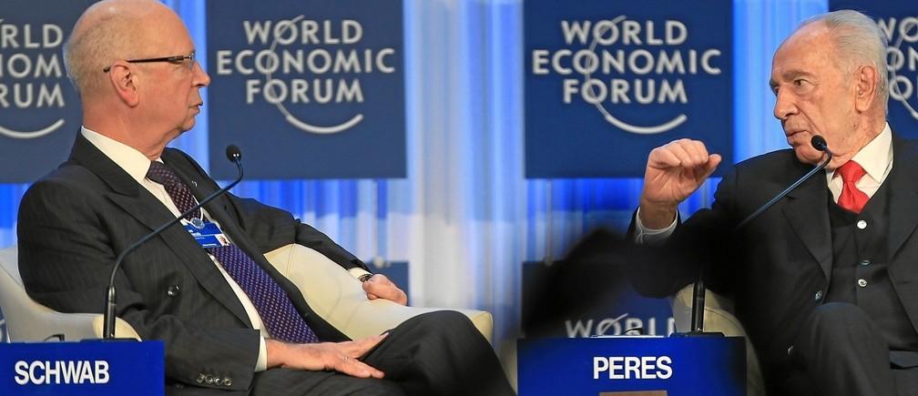 Professor Klaus Schwab with Shimon Peres in Davos, 2013