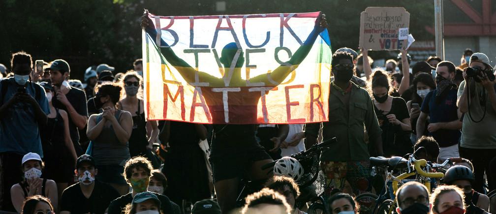 Manifestantes de todo el mundo salieron a las calles.