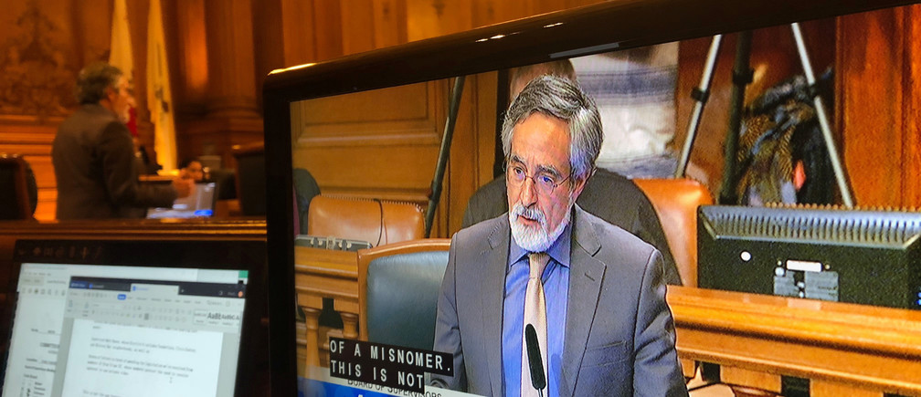 City Supervisor Aaron Peskin speaks before a vote on a surveillance technology ordinance that he sponsored, in San Francisco, California, U.S., May 14, 2019. REUTERS/Jeffrey Dastin - RC1772EF28A0