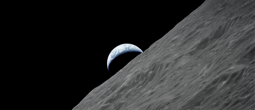 The crescent Earth rises above the lunar horizon in this undated NASA handout photograph taken from the Apollo 17 spacecraft in lunar orbit during the final lunar landing mission in the Apollo program. December 13, 2012 marks the 50th anniversary of the last manned lunar trip. Photo obtained by Reuters December 13, 2012.   REUTERS/NASA/Handout    (UNITED STATES - Tags: SCIENCE TECHNOLOGY) FOR EDITORIAL USE ONLY. NOT FOR SALE FOR MARKETING OR ADVERTISING CAMPAIGNS - TM3E8CD1J9601