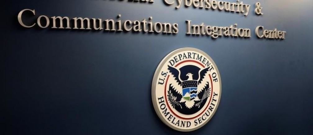 The U.S. Department of Homeland Security National Cybersecurity and Communications Integration Center (NCCIC) in Arlington, Virginia, U.S. November 6, 2018. REUTERS/Jonathan Ernst - RC1FA07A2FE0