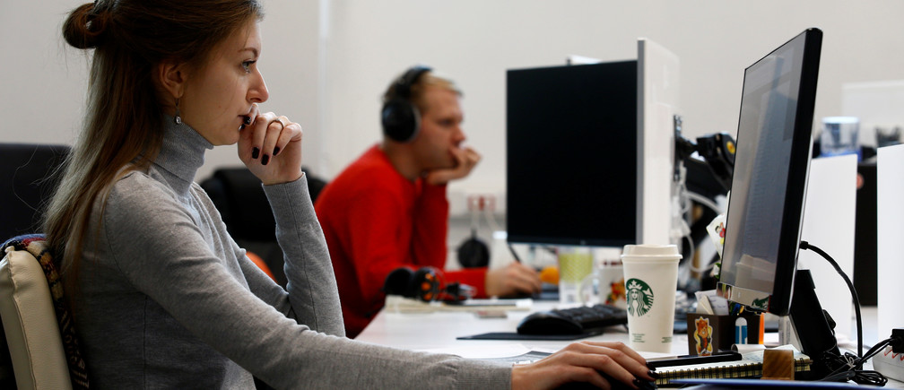 Employees spend 13 hours per month on average worrying about their finances while at work