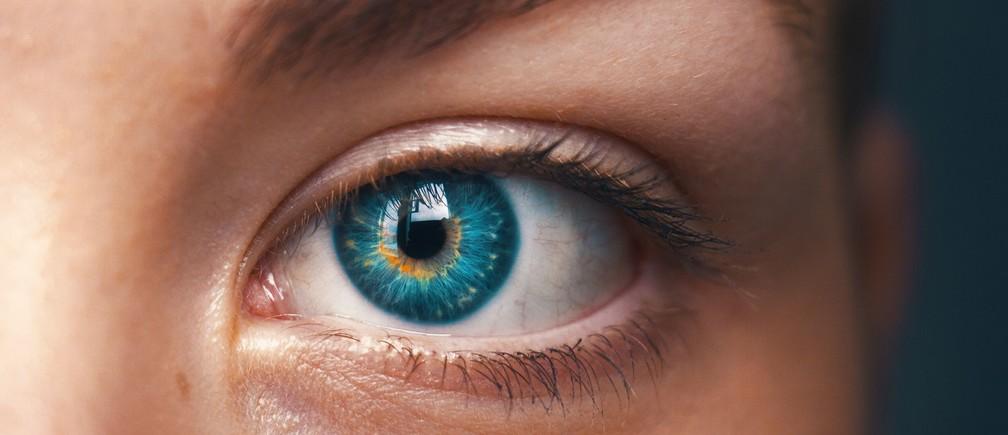 vision eyesight problems poverty gender