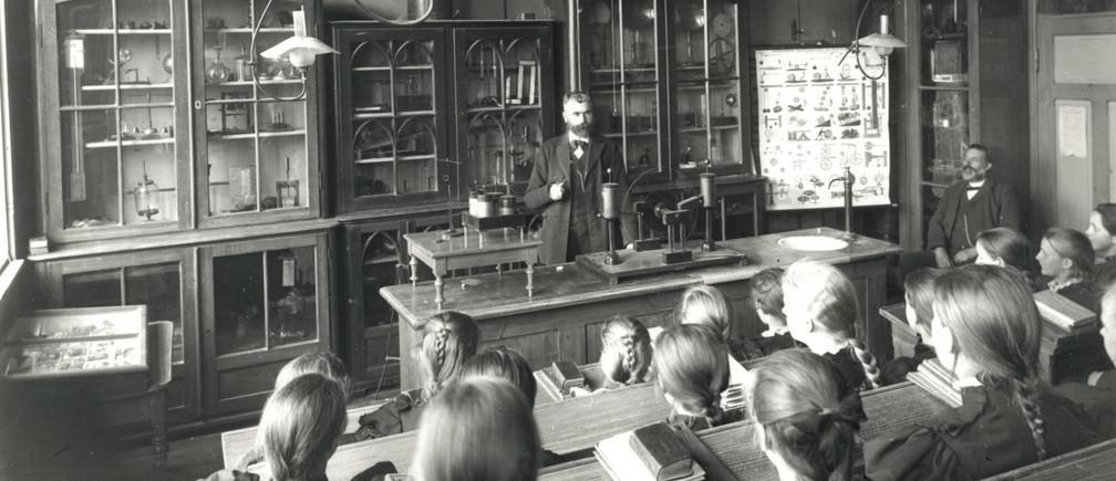 Nuestro sistema educativo fue fundado para proporcionar a los trabajadores un conjunto relativamente fijo de habilidades y conocimientos