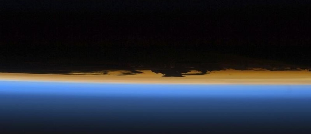 Layers of Earth's atmosphere, brightly colored as the sun sets, are featured in this image photographed by a STS-127 crew member on the Earth-orbiting Space Shuttle Endeavour in this NASA handout photo taken July 29, 2009.     REUTERS/NASA/Handout  (UNITED STATES SCI TECH) FOR EDITORIAL USE ONLY. NOT FOR SALE FOR MARKETING OR ADVERTISING CAMPAIGNS - GM1E57V0OFE01