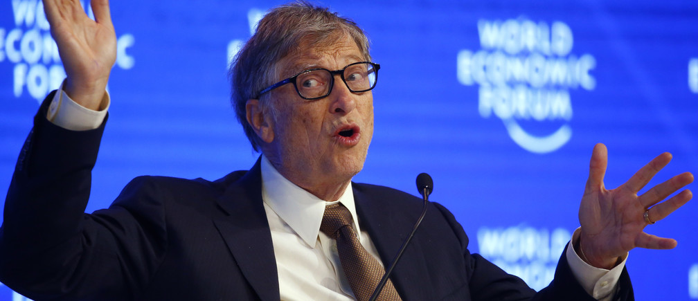 Billionaire philanthropist Bill Gates attends the World Economic Forum (WEF) annual meeting in Davos, Switzerland January 19, 2017.  REUTERS/Ruben Sprich - LR1ED1J13J8SJ