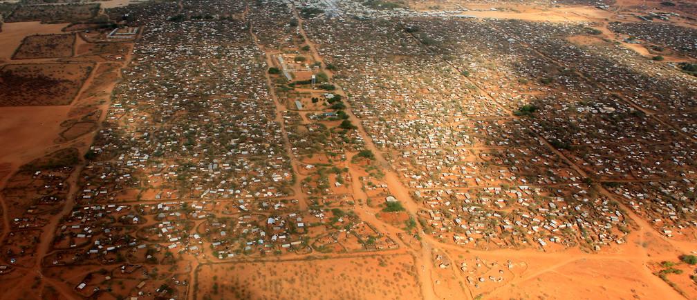 An aerial view shows makeshift shelters at the Dagahaley camp in Dadaab, near the Kenya-Somalia border in Garissa County, Kenya, April 3, 2011. REUTERS/Thomas Mukoya/File Photo - D1BETDBZYQAA