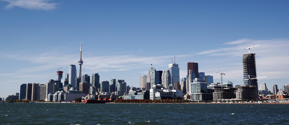 "Toronto skyline stands on the waterfront before Alphabet Inc, the owner of Google, announced the project ""Sidewalk Toronto"", that will develop an area of Toronto's waterfront using new technologies to develop high-tech urban areas in Toronto, Ontario, Canada October 17, 2017.    REUTERS/Mark Blinch"