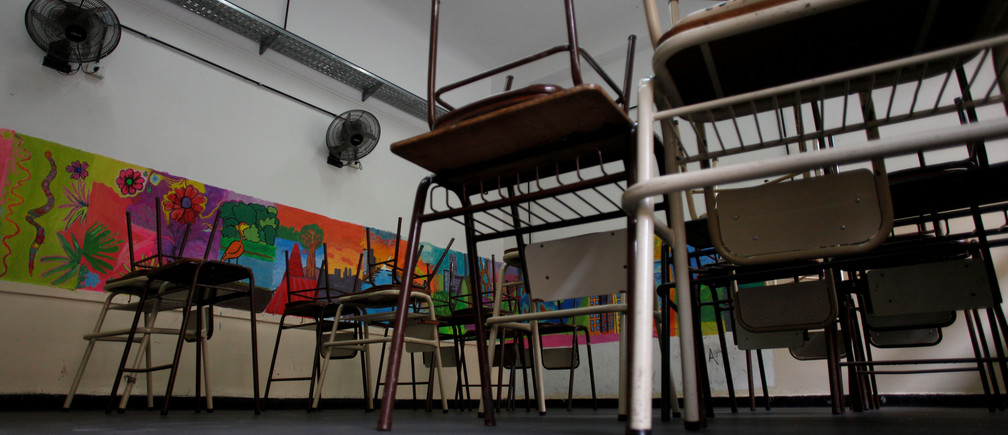 An empty classroom is seen at a public school during a national strike to demand better salaries in Buenos Aires, Argentina, July 3, 2018. REUTERS/Martin Acosta - RC1D5E961000