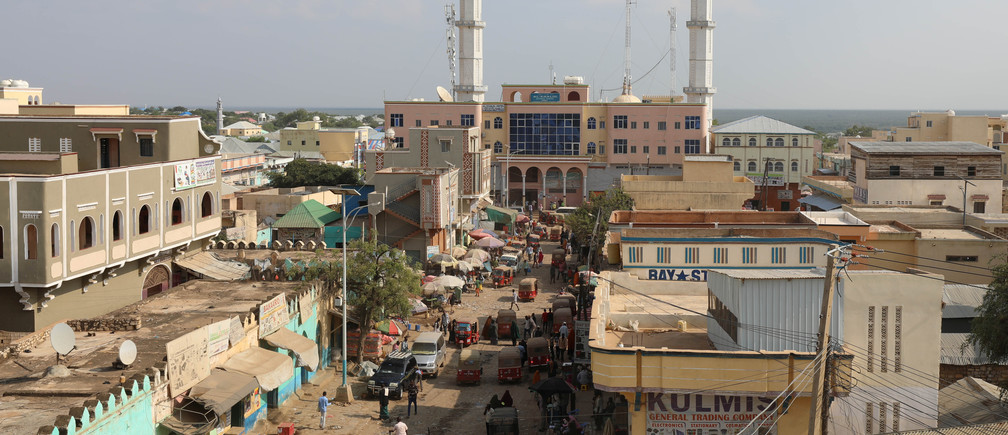 A general view shows a street in the southern city of Baidoa, Somalia November 3, 2018. Picture taken November 3, 2018. REUTERS/Feisal Omar - RC1AF6F90D00