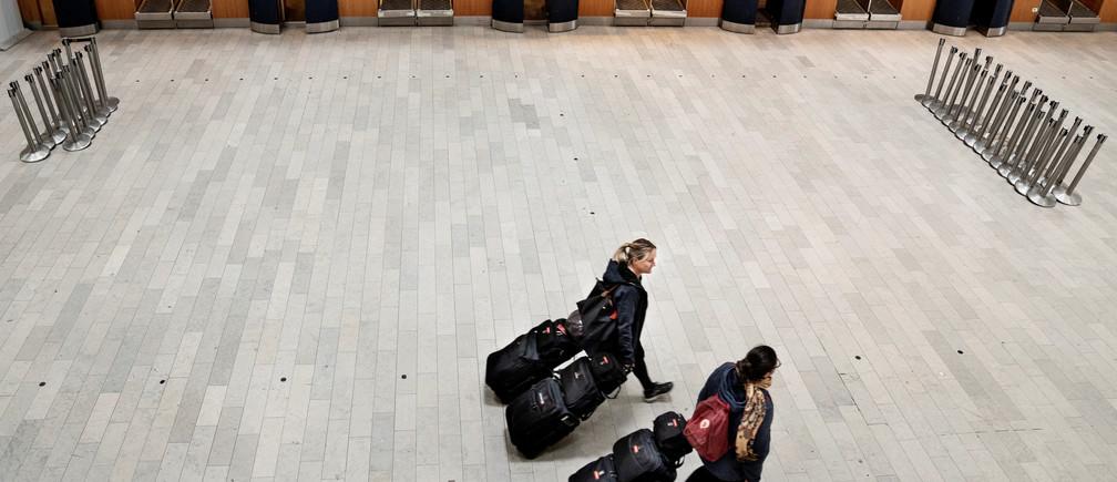 Una vista de un aeropuerto de Copenhague casi vacío, donde normalmente hay 83.000 viajeros al día, durante el brote de la enfermedad coronavirus (COVID-19), en Copenhague, Dinamarca, el 15 de mayo de 2020.
