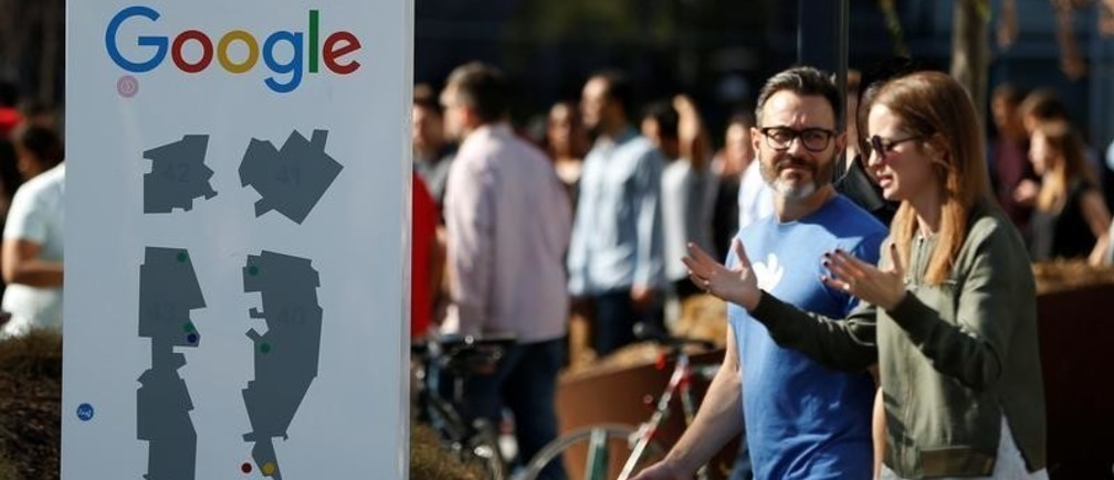 "Google employees stage a ""women's walkout"" at their Googleplex offices in protest over the company's handling of a large payout to Android chief Andy Rubin as well as concerns over several other managers who had allegedly engaged in sexual misconduct at the company in Mountain View, California, U.S., November 1, 2018. REUTERS/Stephen Lam - RC1C597F7E60"