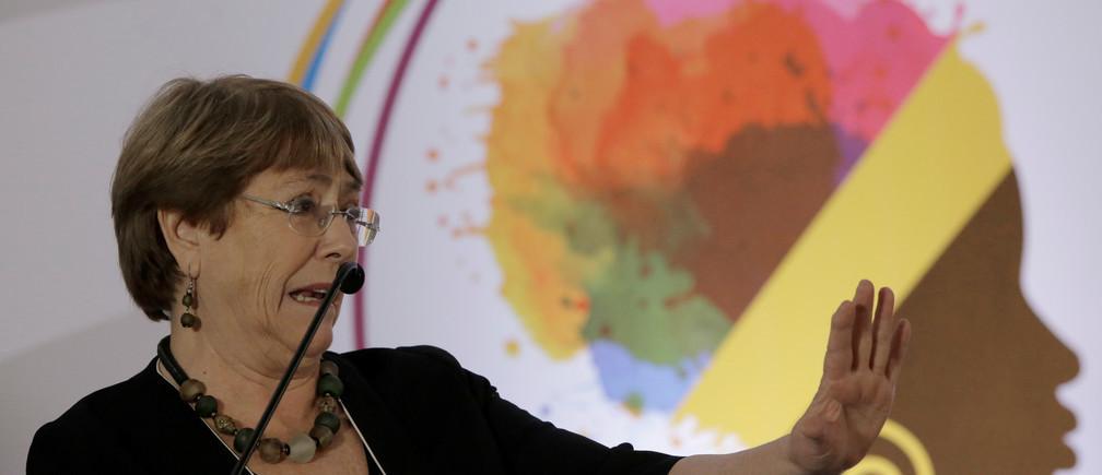 Michelle Bachelet, Alta Comisionada de las Naciones Unidas para los Derechos Humanos, dice que el sector de la salud no está abordando la desigualdad de género.