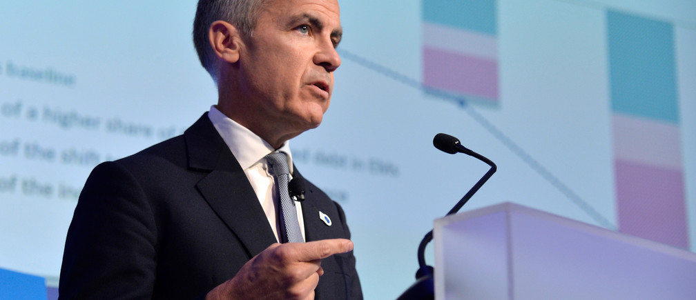 """Governor of the Bank of England Mark Joseph Carney makes remarks during a """"Governor Talks"""" session of the IMF and World Bank's 2019 Annual Meetings of finance ministers and bank governors, in Washington, October 18, 2019.   REUTERS/Mike Theiler - RC1E1EE7E120"""