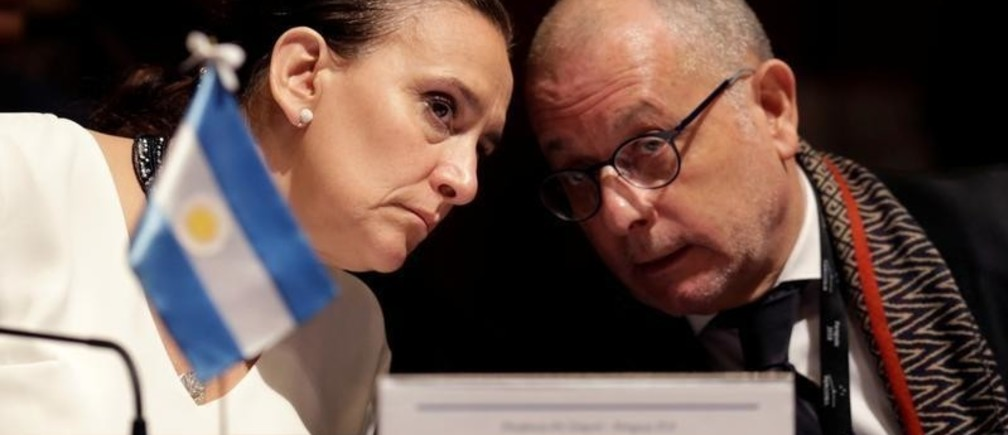 Argentina Vice President Gabriela Michetti talks with Foreign Minister Jorge Faurie at Mercosur trade bloc annual summit in Luque, Paraguay June 18, 2018.