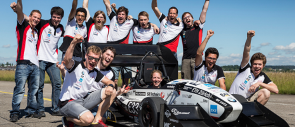 Grimsel electric racing car team shot