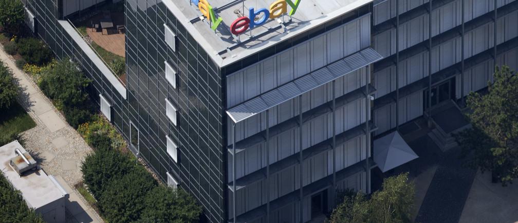 Aerial view of German ebay headquarters in Kleinmachnow July 20, 2014.REUTERS/Axel Schmidt (GERMANY - Tags: BUSINESS) - BM2EA7K15EJ01