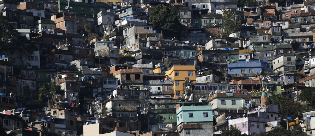 "A general view of the Rocinha favela, one of the slums that was included in the ""police pacification unit"" program that began in 2008, in Rio de Janeiro, Brazil, July 24, 2016. Picture taken July 24, 2016. REUTERS/Bruno Kelly - RIOEC8417XLVH"