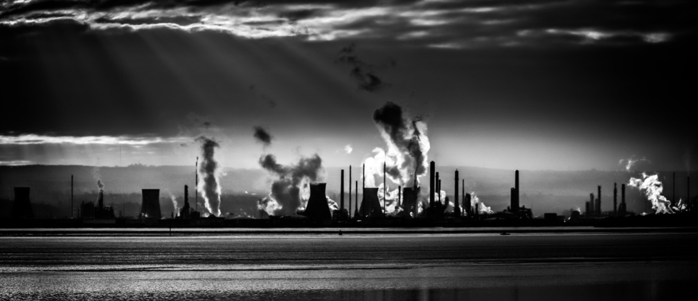 pollution air quality damage health enviroment climate change nature c02 carbon emissions danger health warning cardiac arrest fatality risk =y