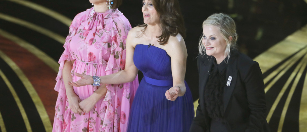 91st Academy Awards - Oscars Show - Hollywood, Los Angeles, California, U.S., February 24, 2019. Actors Tina Fey, Maya Rudolph and Amy Poehler present. REUTERS/Mike Blake - HP1EF2P03C386