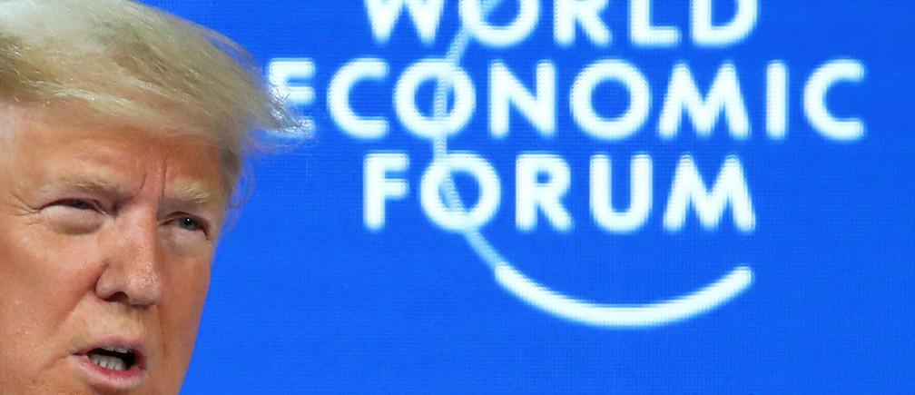 """À Davos, Trump exhorte le monde à ignorer les """"prophètes du malheur"""""""