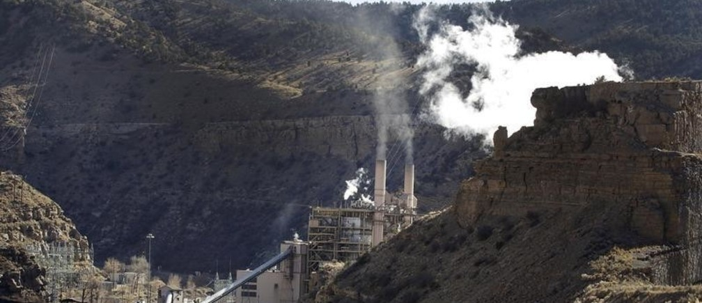 The coal-fired Castle Gate Power Plant is pictured outside Helper, Utah November 27, 2012. The plant was closed in the Spring of 2015 in anticipation of new EPA regulations. President Barack Obama will unveil on August 3, 2015 the final version of his plan to tackle greenhouse gases from coal-fired power plants, kicking off what is expected to be a tumultuous legal battle between federal environmental regulators and coal industry supporters.  REUTERS/George Frey - GF20000012388