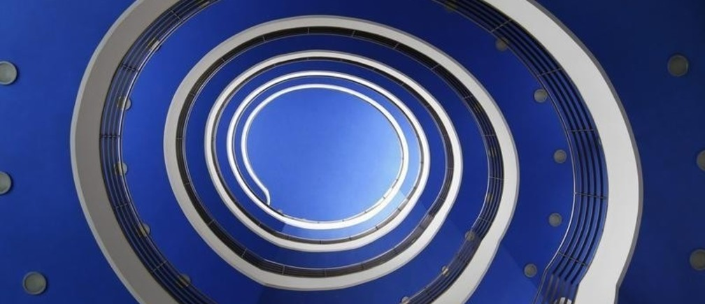 A staircase looking like a snail is pictured in a Munich building 'Haus der Bayrischen Wirtschaft' on February 14, 2012.      REUTERS/Michaela Rehle (GERMANY  - Tags: SOCIETY) - RTR2XTZ0
