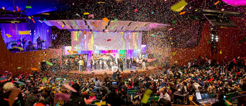 At the conclusion of Monday's final presentations for the mechanical design class 2.009, teaching assistants for the class showered the capacity crowd at Kresge Auditorium with confetti, celebrating successful demonstrations of their inventions by eight teams of students.