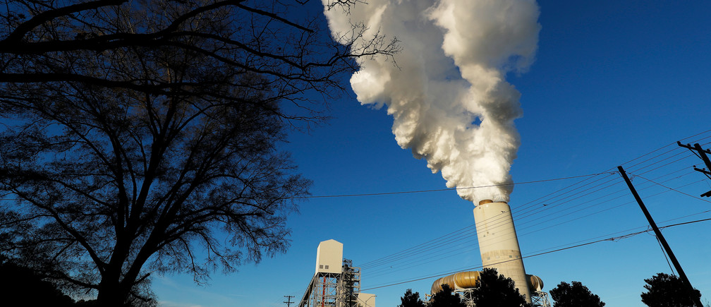 A view of Duke Energy's Marshall Power Plant in Sherrills Ford, North Carolina, U.S. November 29, 2018.  Picture taken November 29, 2018. To match Special Report USA-COAL/POLLUTION. REUTERS/Chris Keane - RC16A0EA31A0