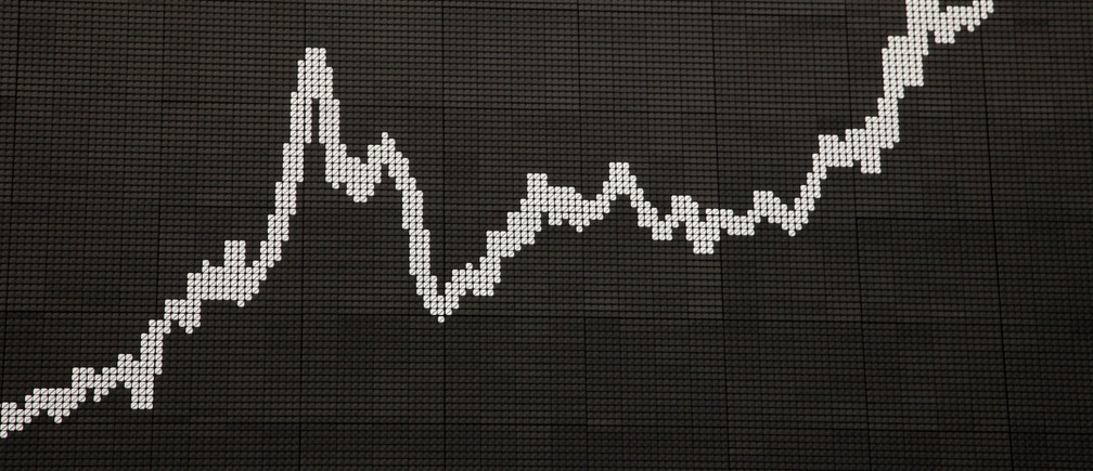 An image shows the German share price index DAX at the German stock exchange in Frankfurt April 16, 2009. REUTERS/Johannes Eisele (GERMANY BUSINESS) - BM2E54G18RZ01