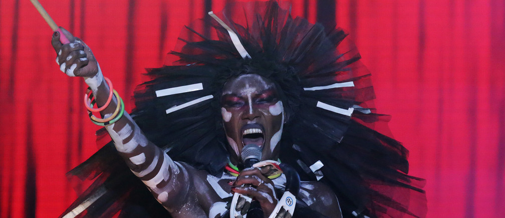 Jamaican singer Grace Jones performs during the final day of the Tobago Jazz Experience in Lowlands, Trinidad and Tobago April 30, 2017. Picture taken April 30, 2017. REUTERS/Andrea de Silva - RC197C3A6AA0