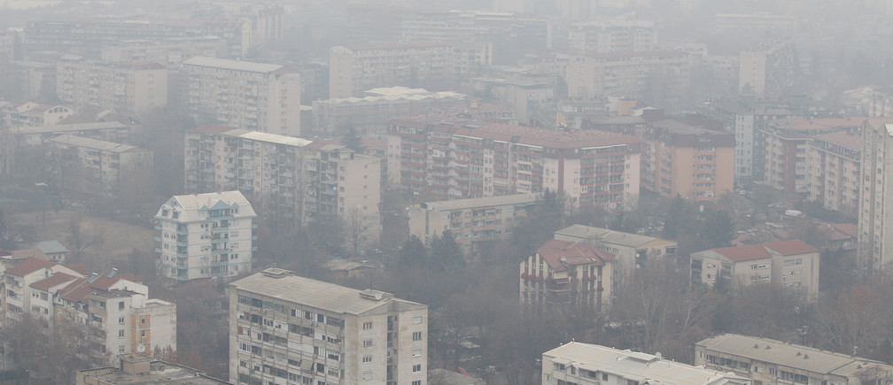 A general view of a residential area as air pollution reaches dangerous levels in Skopje, Macedonia  January 21, 2019. REUTERS/Ognen Teofilovski - RC1E0A061130