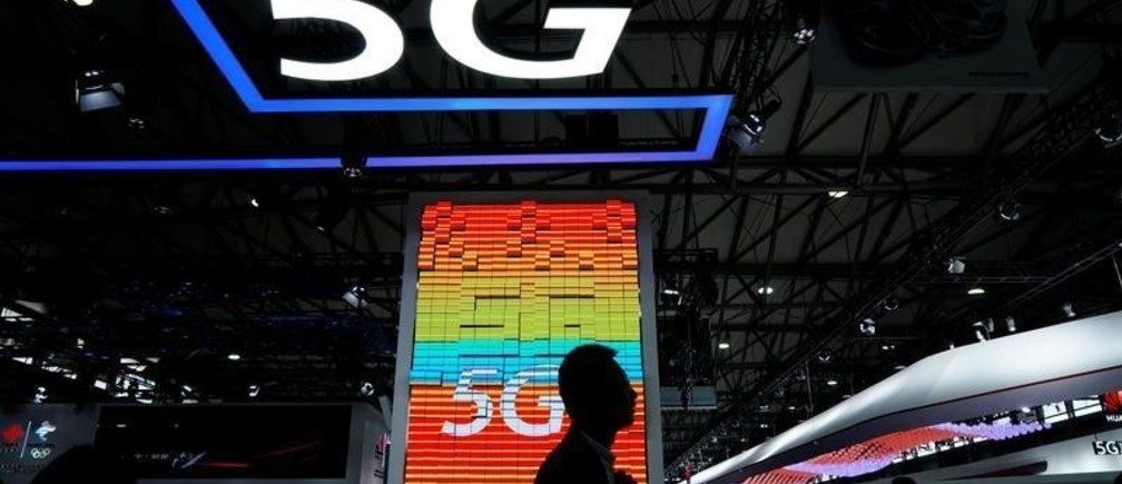 A sign advertising 5G is pictured at Mobile World Congress (MWC) in Shanghai, China June 28, 2019. REUTERS/Aly Song - RC18C74024D0