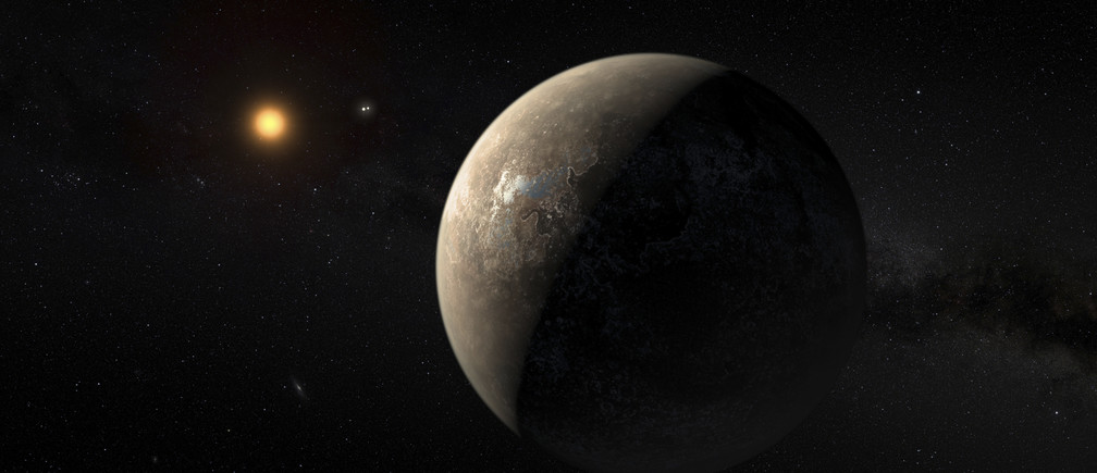 The planet Proxima b orbiting the red dwarf star Proxima Centauri, the closest star to our Solar System, is seen in an undated artist's impression released by the European Southern Observatory August 24, 2016.   ESO/M. Kornmesser/Handout via Reuters  THIS IMAGE HAS BEEN SUPPLIED BY A THIRD PARTY. IT IS DISTRIBUTED, EXACTLY AS RECEIVED BY REUTERS, AS A SERVICE TO CLIENTS. FOR EDITORIAL USE ONLY. NOT FOR SALE FOR MARKETING OR ADVERTISING CAMPAIGNS - RTX2MWBP