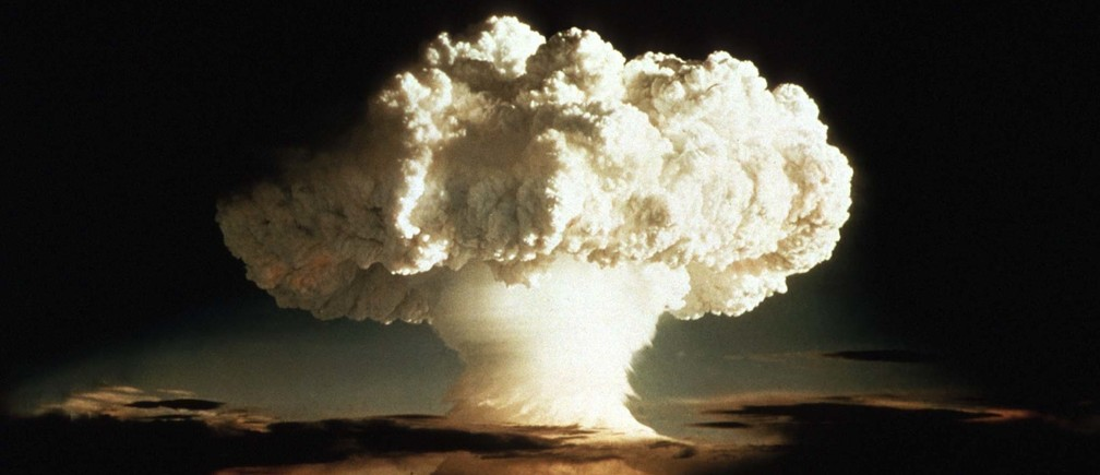 The first test of a hydrogen bomb on Enewetak, an atoll in the Pacific Ocean.