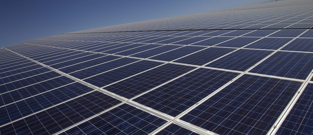 This solar plant will supply emissions-free electricity to a quarter of a million people