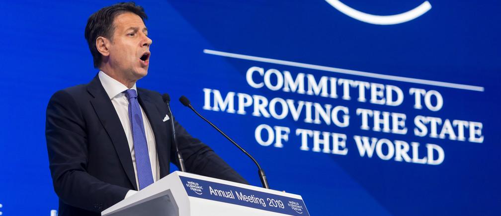 Giuseppe Conte, Primer Ministro de Italia hablando en la Reunión Anual del Foro Económico Mundial de 2019.